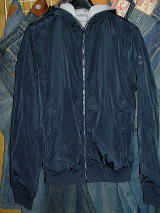 GAS Thema.PW01 Item.SHORT JACKETS Style No.250868 Material No.420277 STYLE NAME.MINK/S REV. Color.0194 NAVY BLUE